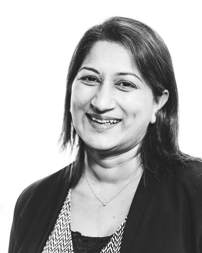 Samina Kausar